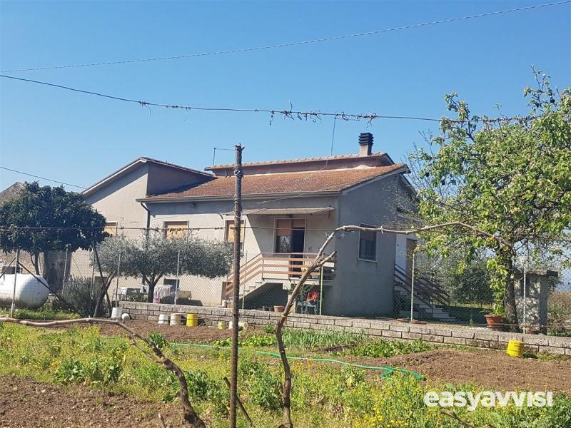 Casa indipendente 7 vani 250 mq, provincia di frosinone