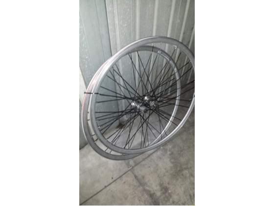 Coppia ruote per bici da corsa
