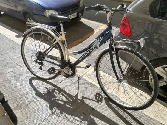 Bicicletta donna WINDRIVER