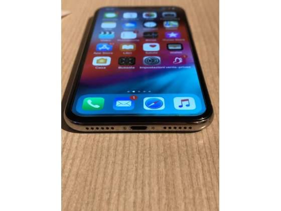 Apple iPhone X Silver 64 GB con fattura