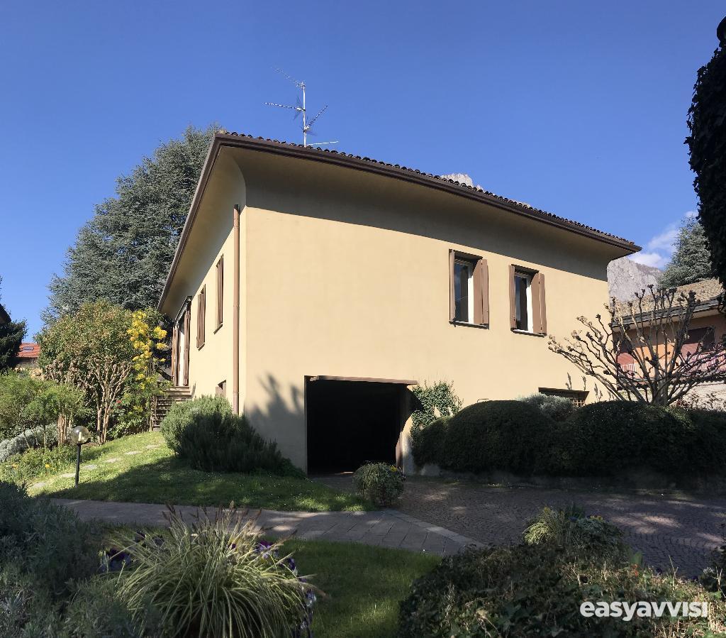 Lecco (lc), zona san giovanni, villa indipendente di 370 mq