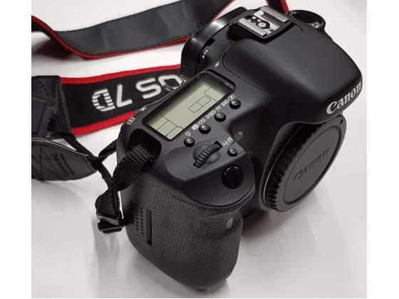 Canon EOS 7D con Battery Grip