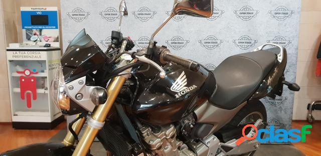 Honda Hornet 600 in vendita a Bari (Bari)