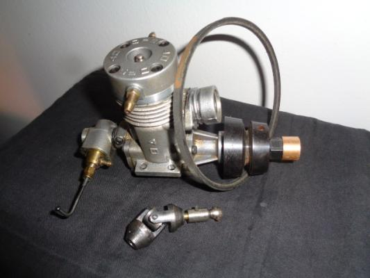 Motore marino OS FP 40 rc da 6,5 cc e motore OS 40 per aereo