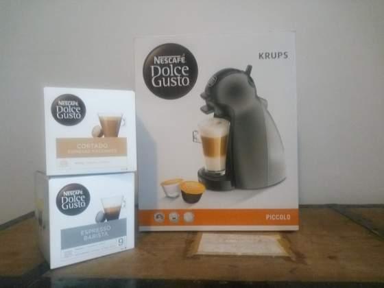 NUOVA! Macchina da caffè Nescafè Dolce Gusto + 32 Cialde