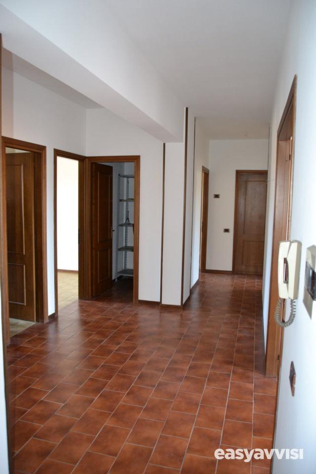 Appartamento 5 vani 121 mq, provincia di prato