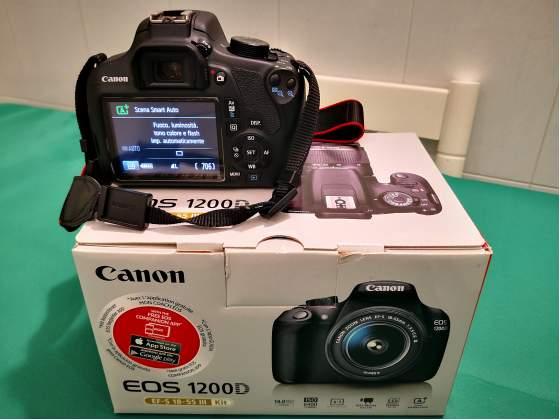 Canon EOS D Reflex Digitale + Obiettivo EF-S  mm