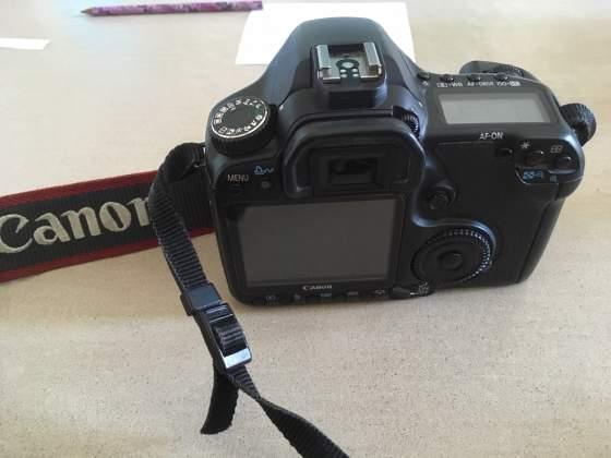 Corpo Reflex Canon EOS 40D rotta