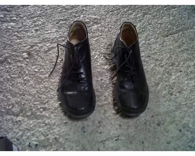 Scarpe alte /scarponcini nere numero 42
