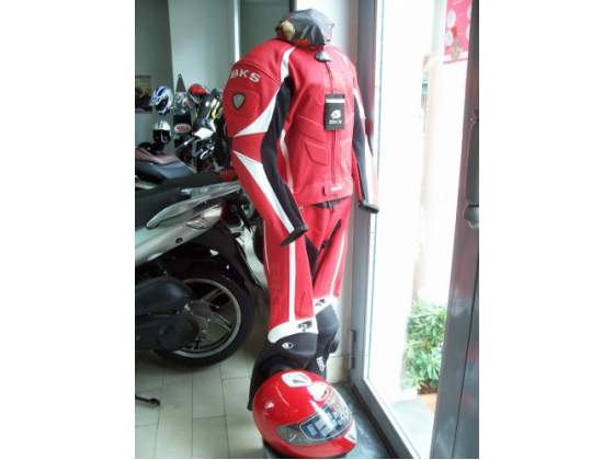 Svendita in stock abbigliamento/accessori moto