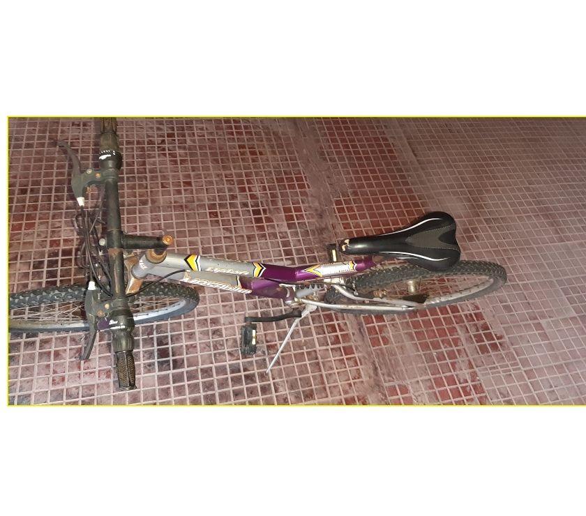 Bicicletta Mountain Bike Grigia 26 DA SISTEMARE