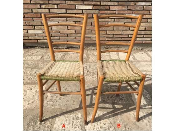 Antiche sedie in legno massello con seduta in paglia