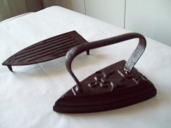 Antico ferro stiro ottocento