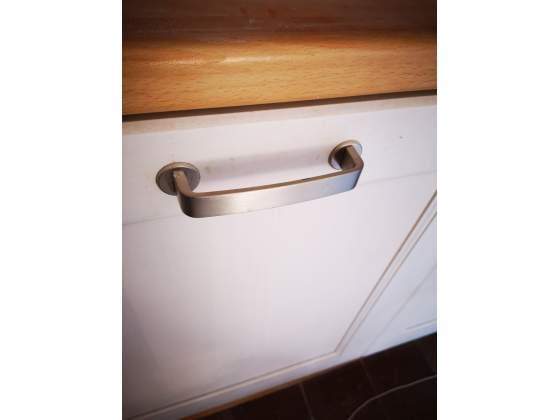 Maniglie bianche ikea per armadio o cucina | Posot Class