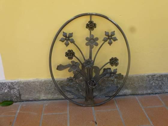 Medaglioni in ferro battuto