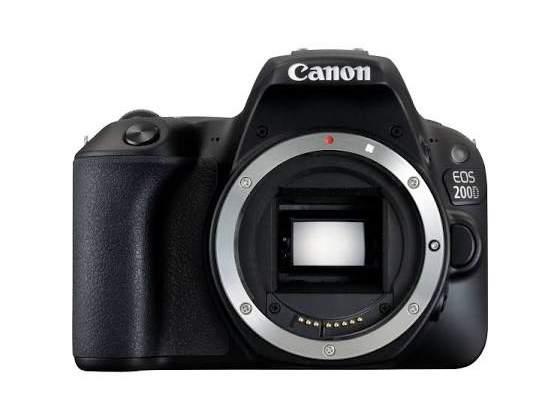 Canon EOS 200D Body Reflex, Nero+Borsa Case Logic Nuova