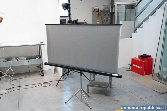 Telo proiettore 155 X 145 cm Pordenone