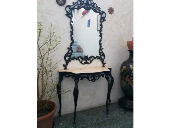 Antico Ingresso in ferro battuto con specchiera