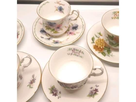 Tazze da the fiori/mesi - Queen's fine bone china