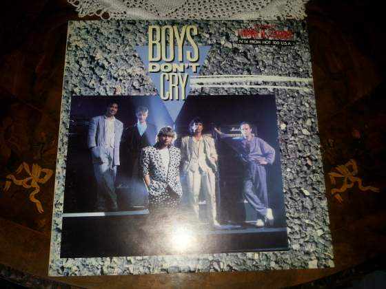 BOYS DON'T CRY lp FM  NUOVO!