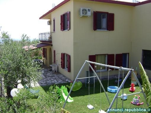 Appartamento indipendente con giardino a due passi dal mare