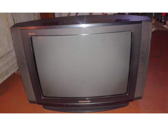 Regalo Televisore Panasonic 100 Htz