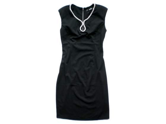 Stock abbigliamento e accessori pronto moda