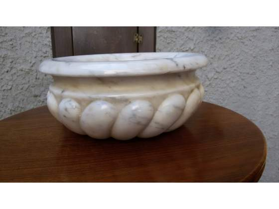 Ciotola Lombarda in marmo bianco carrara