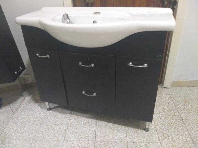 Lavabo da bagno completo