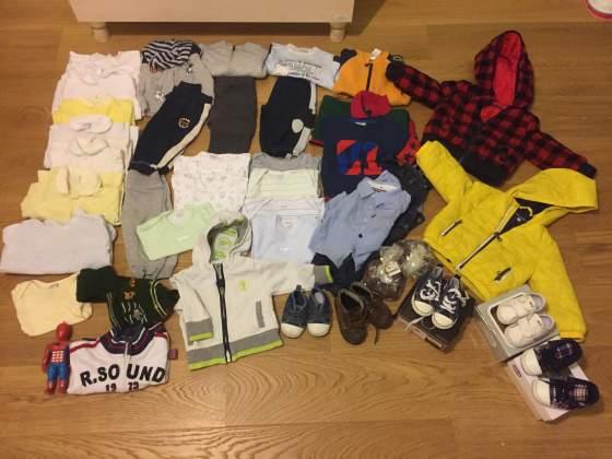 Stock abbigliamento bimbo 6 mesi body Neonato piumino