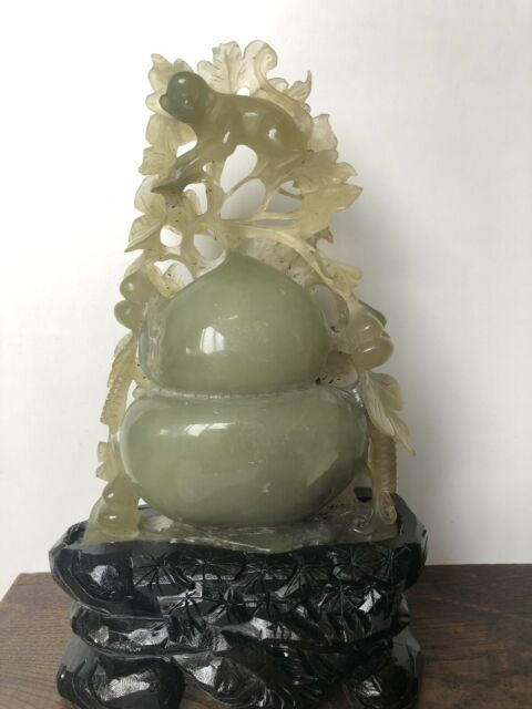 Antichità rara e imponente scultura cinese in giada di
