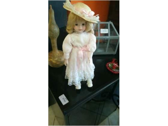 Bambolina in porcellana Capodimonte originale da collezione