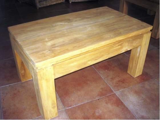 Tavolino da salotto in legno massello di teak