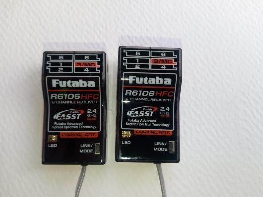 Vendo 3 riceventi Futaba. UNA Ricevente Futaba R61...