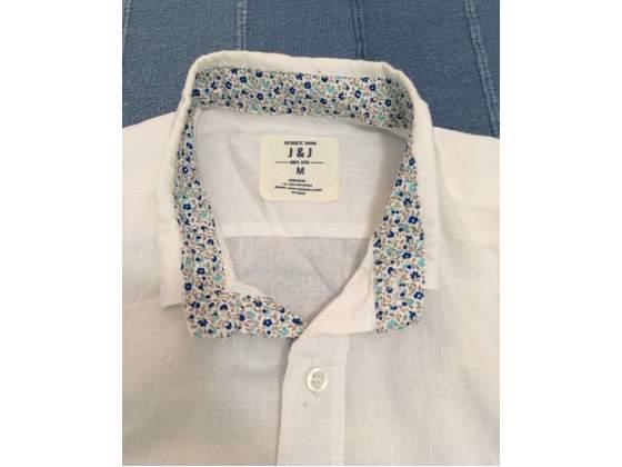 Nuova camicia in lino