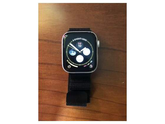 APPLE WATCH Series 4 GPS+Cellular 40 mm in acciaio