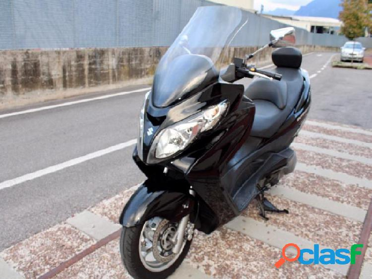 Suzuki Burgman AN 400 in vendita a Thiene (Vicenza)