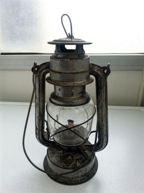 Antica lanterna militare tedesca bat n. 158 -