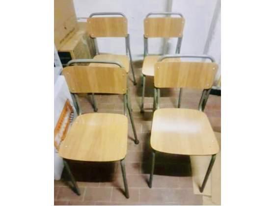 4 Sedie in legno e ferro