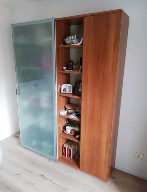 Mobile soggiorno con vetrina