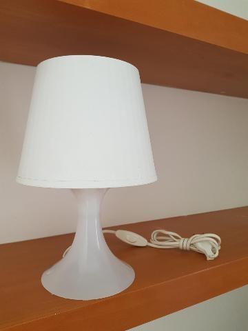 ABATJOUR LAMPADE DA COMODINO