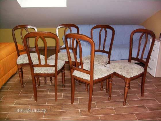 Sedie in legno imbottite
