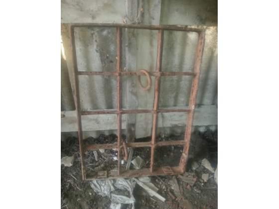 Antica inferriata in ferro