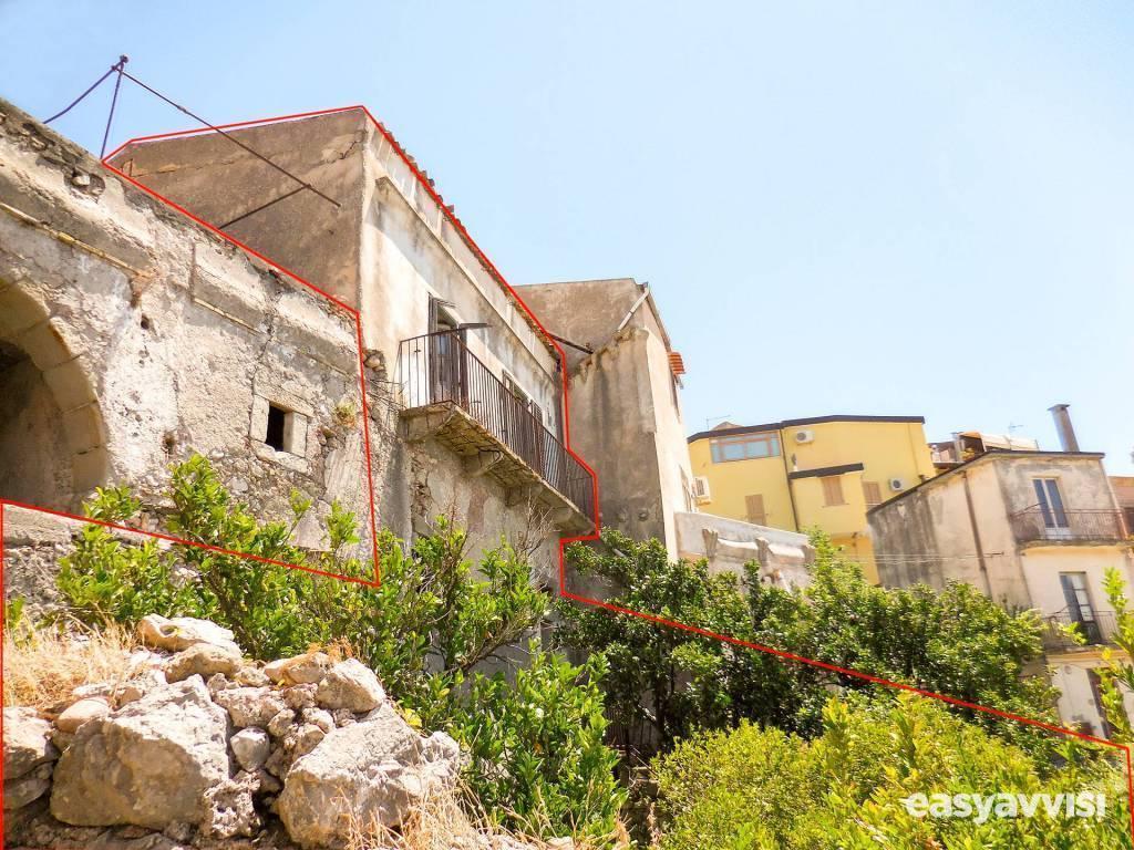 Casa indipendente 150 mq arredato, provincia di messina