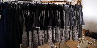 Stock abbigliamento donna invernale 2 euro