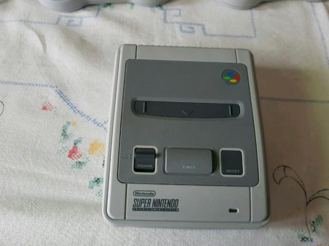 Vendo Nintendo Classic Mini