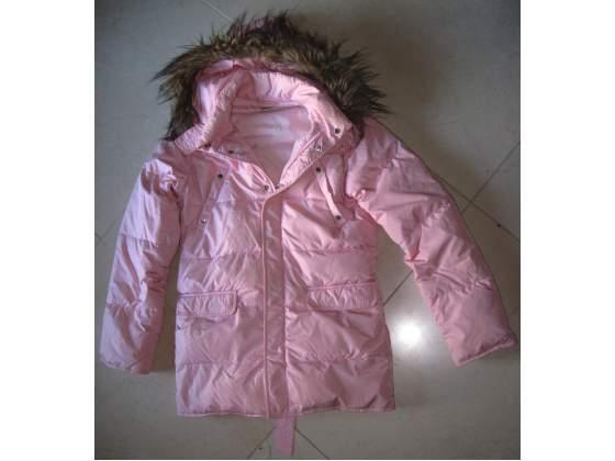 Giacca invernale rosa imbottita con cappuccio + pelo idea