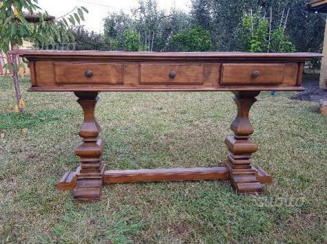 Tavolo consolle in legno massello