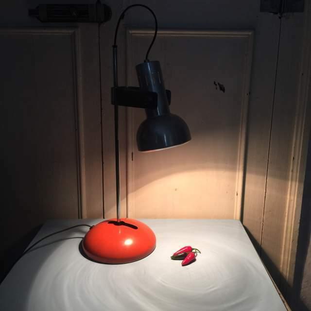 Lampada vintage da tavolo arancione anni 60