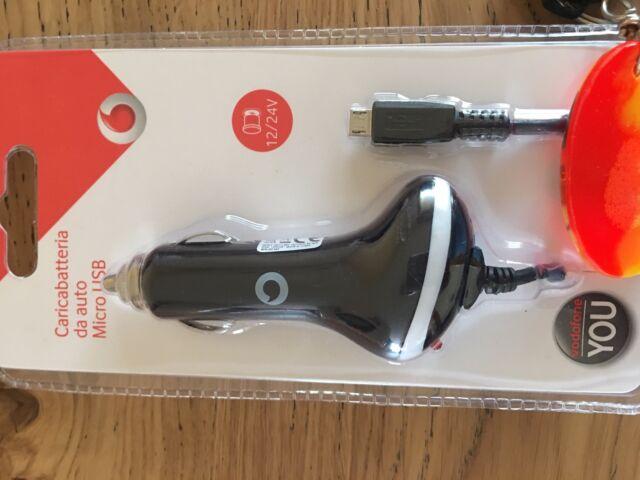 Carica cellulare da auto mini USB nuovo